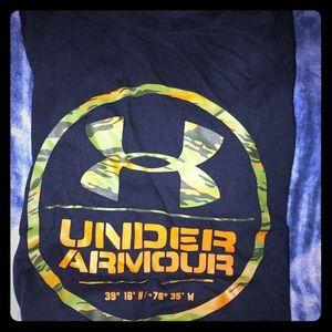 Men's large underarmour t shirt